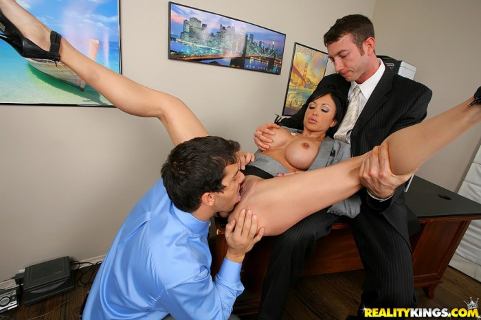 Jewels Jade Threesome
